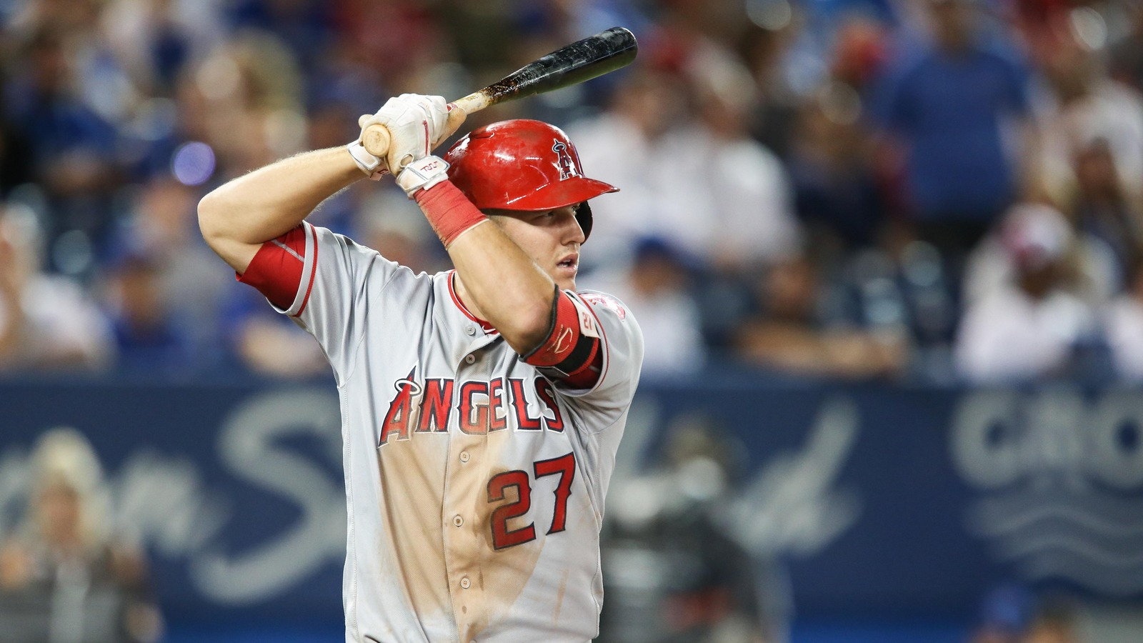 Mike Trout Shares Insane Workout Video Ahead Of Spring