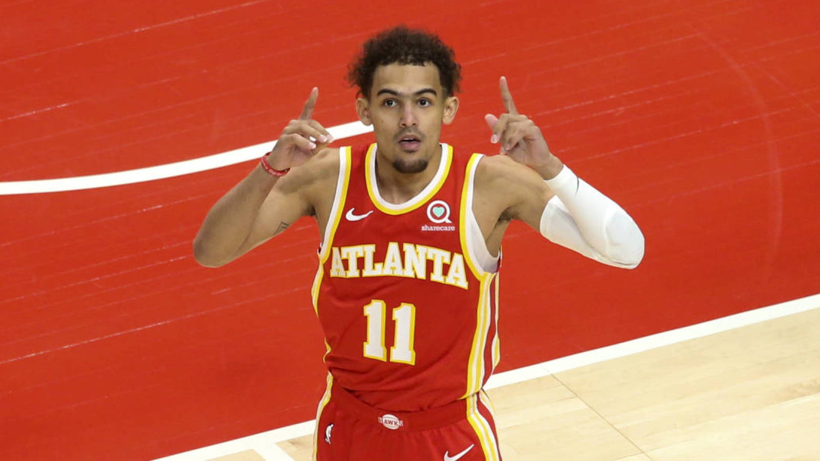 Trae Young taunts Knicks fans as Hawks take out NY