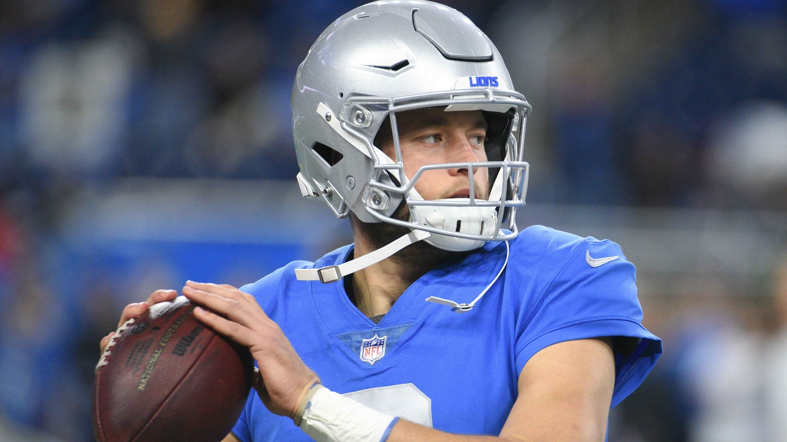 Lions Matthew Stafford suffers ankle injury on TD pass