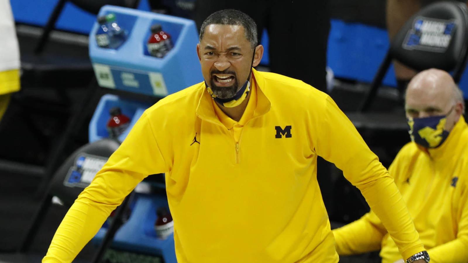 Juwan Howard rejects NBA teams to stay in Michigan