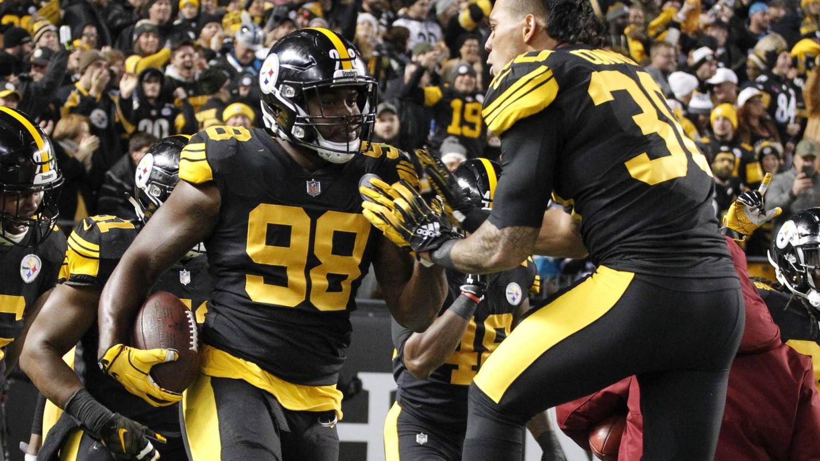 c38b592d45d Nov 8, 2018; Pittsburgh, PA, USA; Pittsburgh Steelers running back James  Conner (30) congratulates inside linebacker Vince Williams (98) on his  touchdown ...