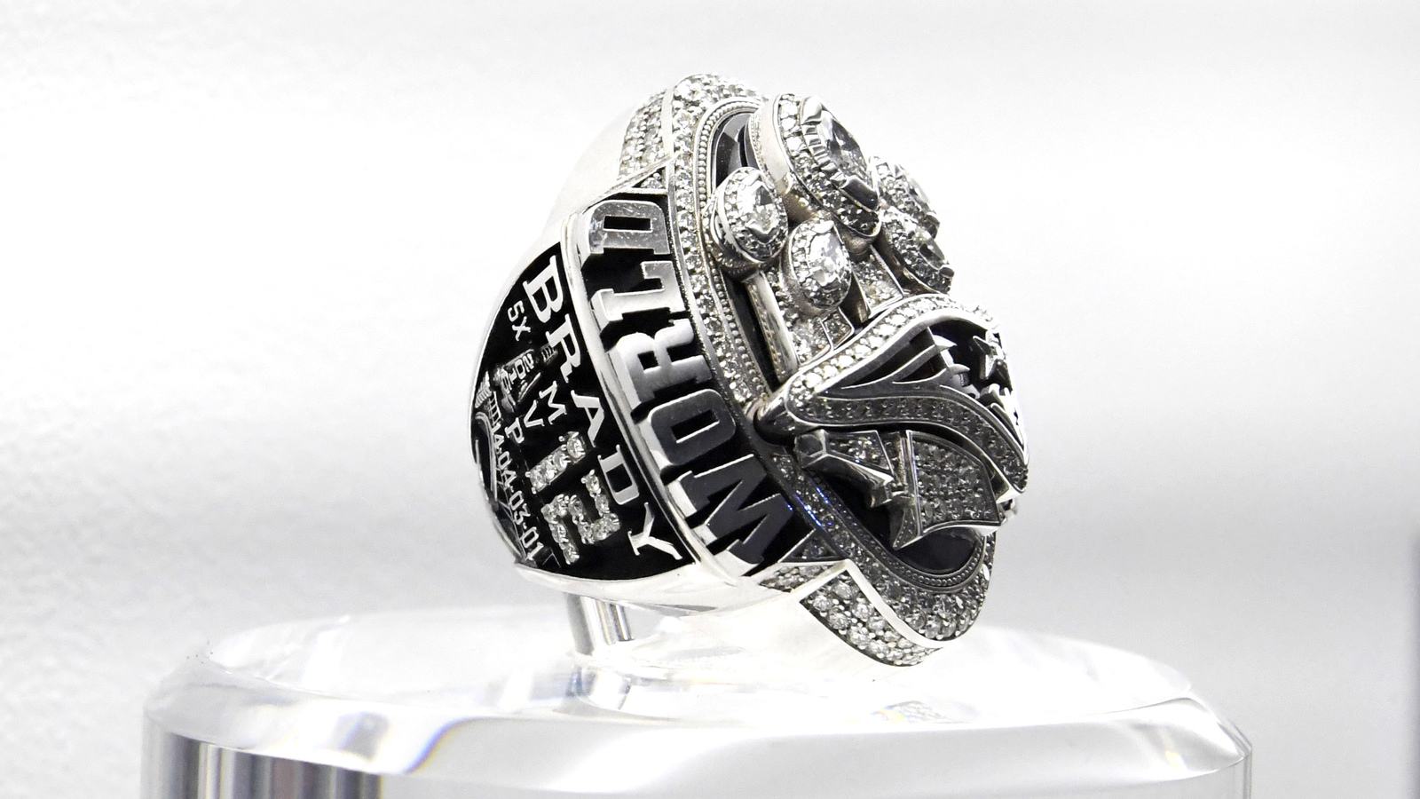 on houston state football bearkatsfb undefeated segler sam status southland ring twitter conference rings championship coach by goldstandard designed