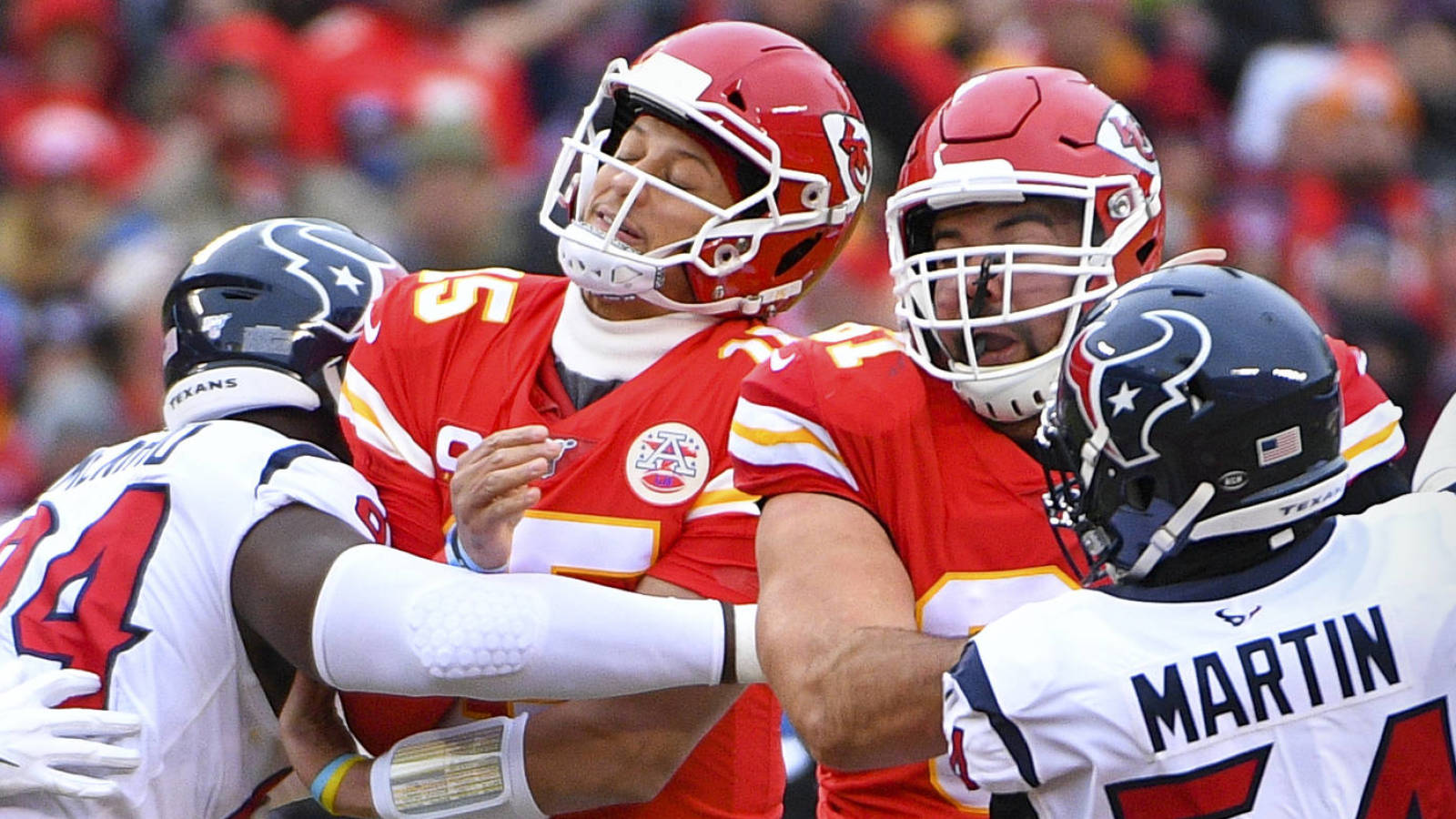 NFL world reacts to Chief disastrous start vs . Texans