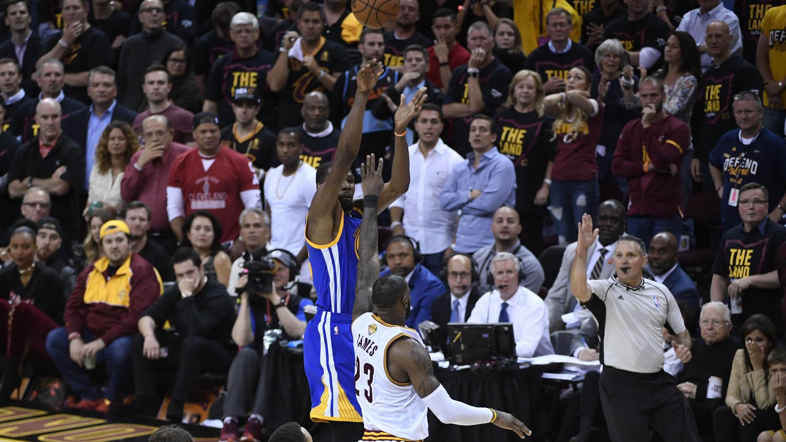 Ten most memorable moments of NBA season   Yardbarker.com