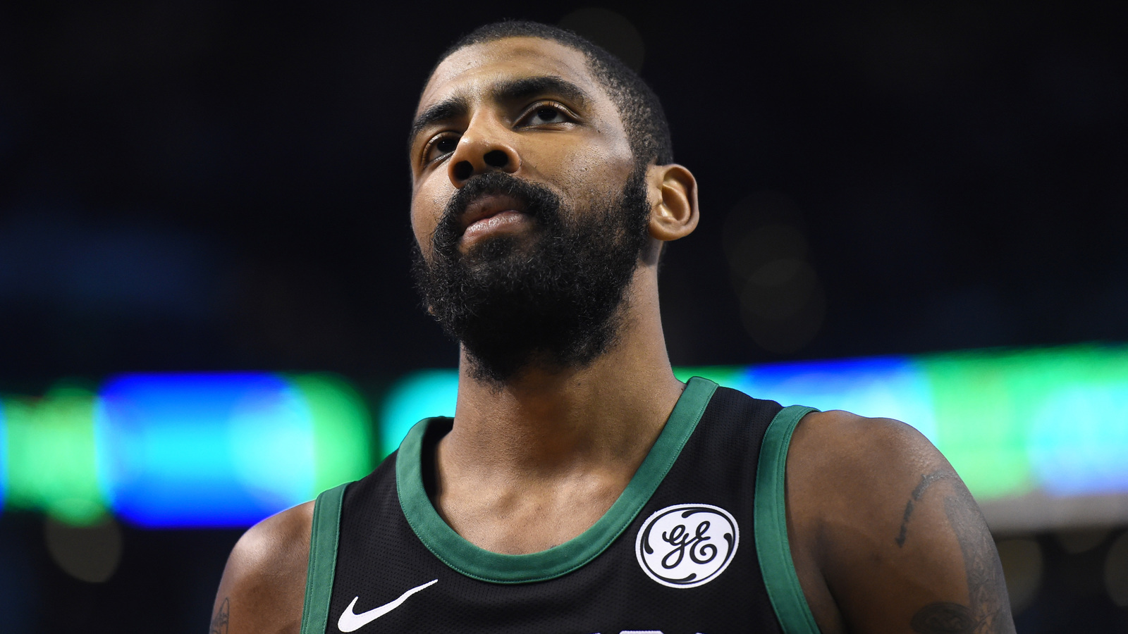 Kyrie Irving Dribbles Through Entire Wizards Defense