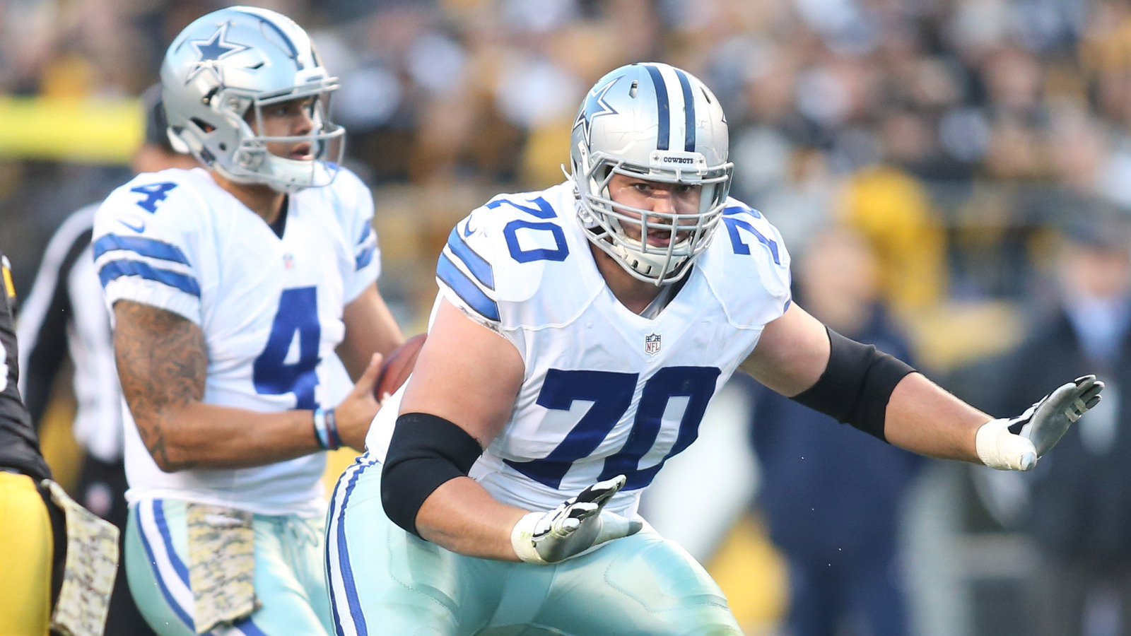 Cowboys working on deal to make Zack Martin NFL s highest paid