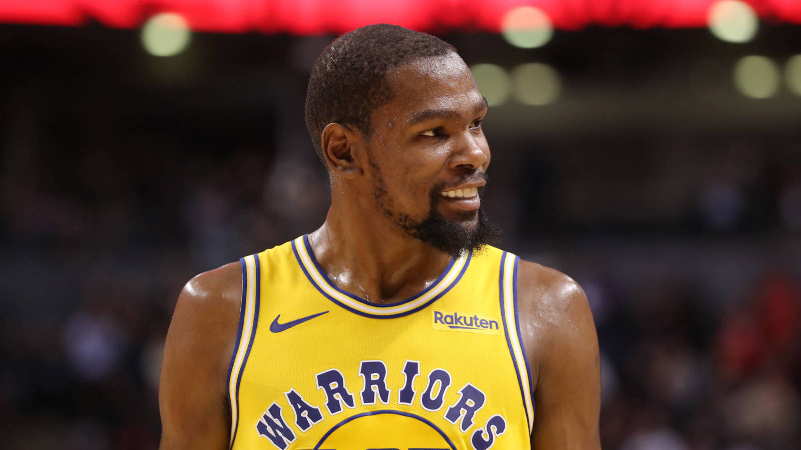 Kevin Durant Gets Laugh Out Of Funny Warriors Chase Center Meme Yardbarker