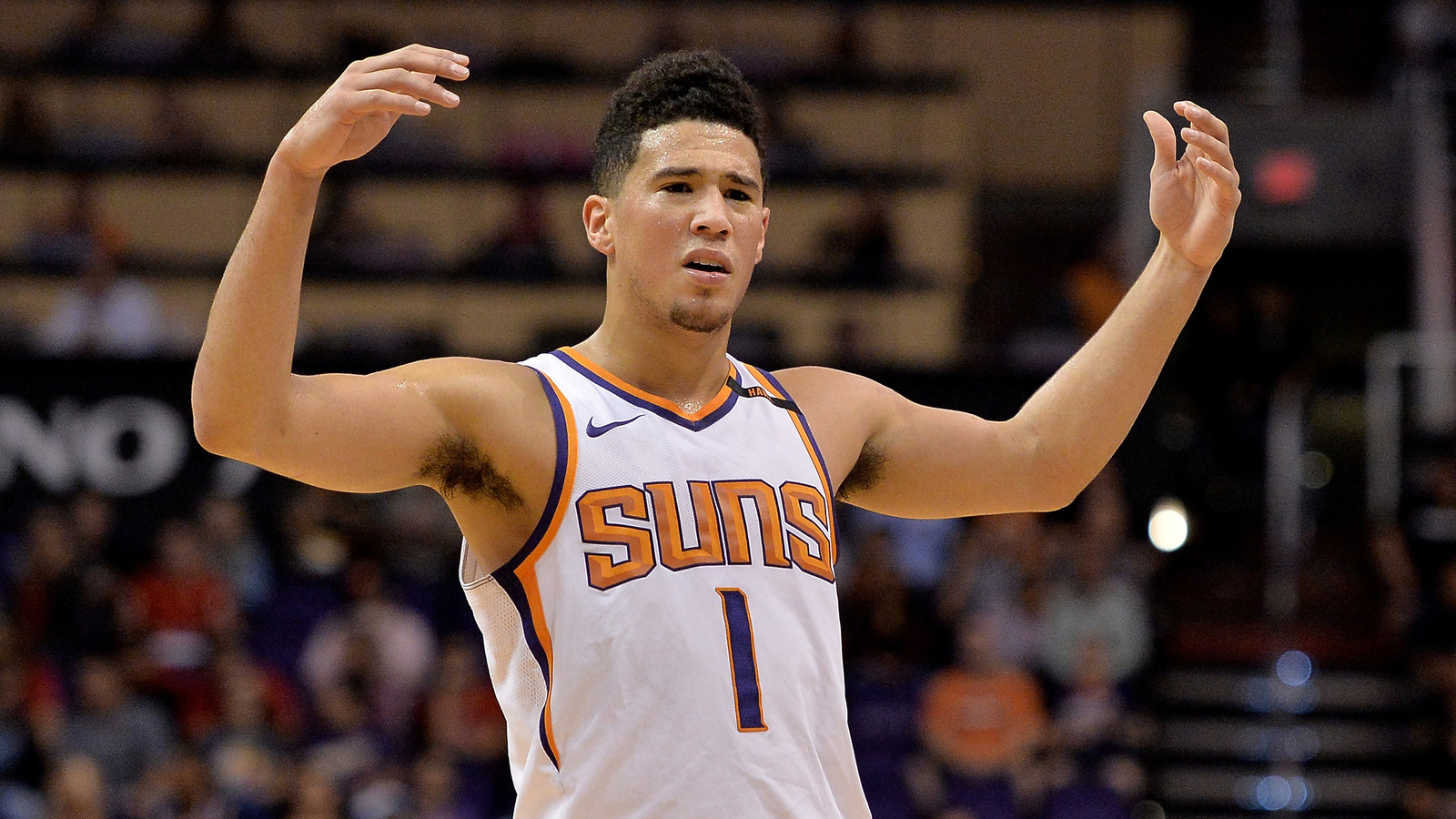 report  devin booker confronted lakers bench over flopping