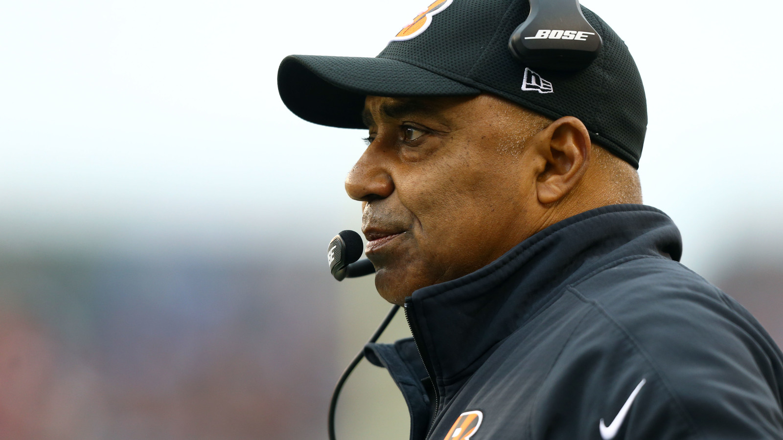 Bengals coaches reportedly stunned by Marvin Lewis extension