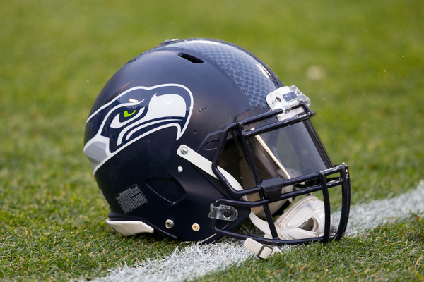 Ex Nfl Te Received Trespassing Warning At Seahawks