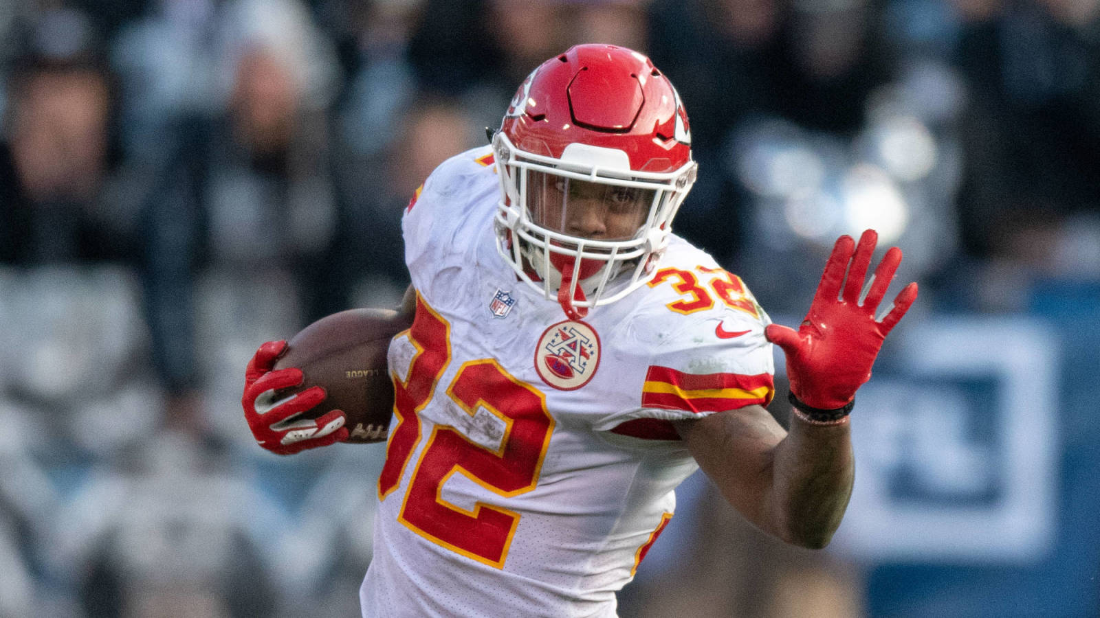 Buccaneers audition RB Spencer Ware