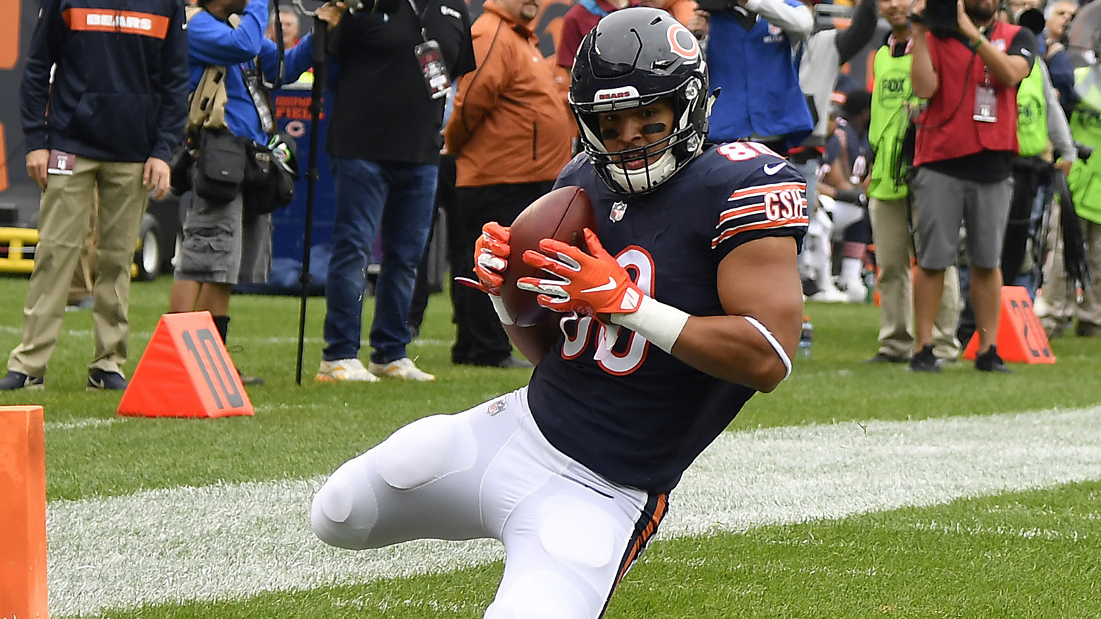 Watch: Mitch Trubisky connects with Trey Burton for a 39-yard TD