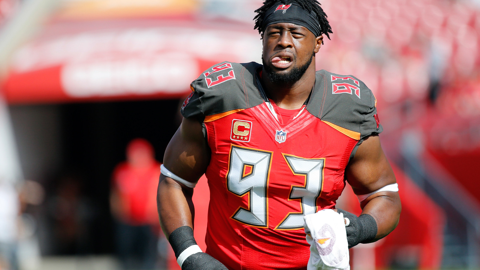 Gerald McCoy seems to take offense to Ronde Barber slight