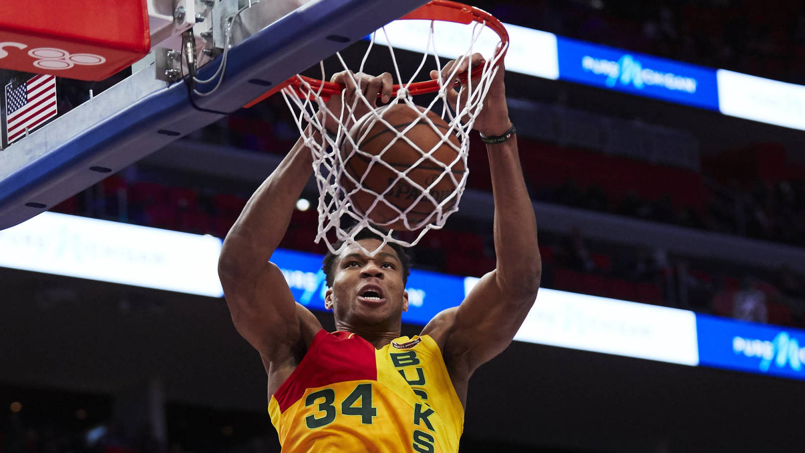 Watch Giannis Antetokounmpo Dunking All Over The Nets