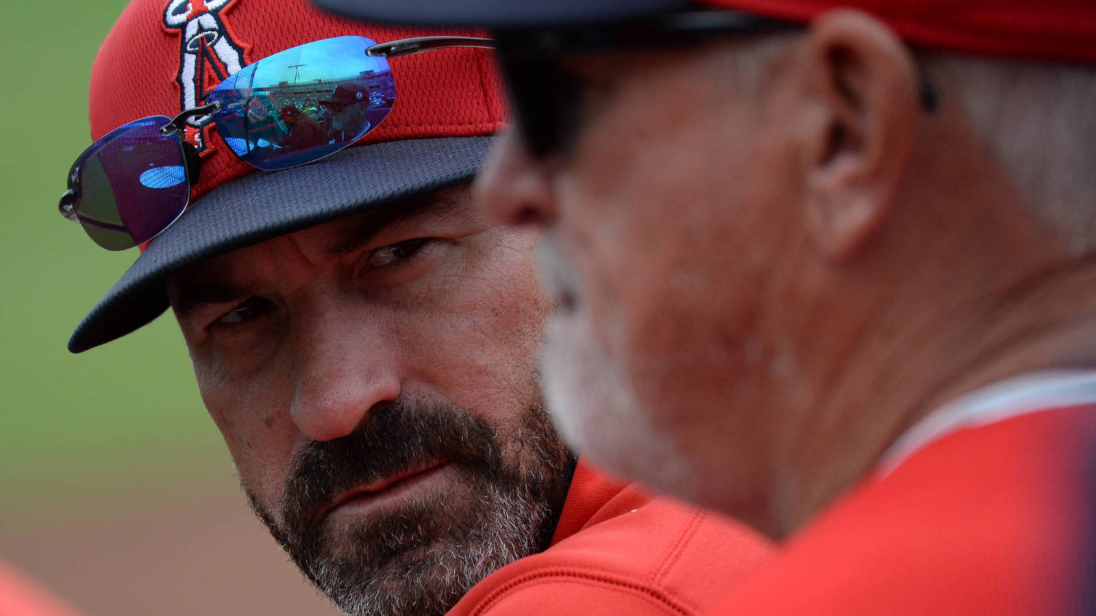 Additional details on allegations against Mickey Callaway emerge