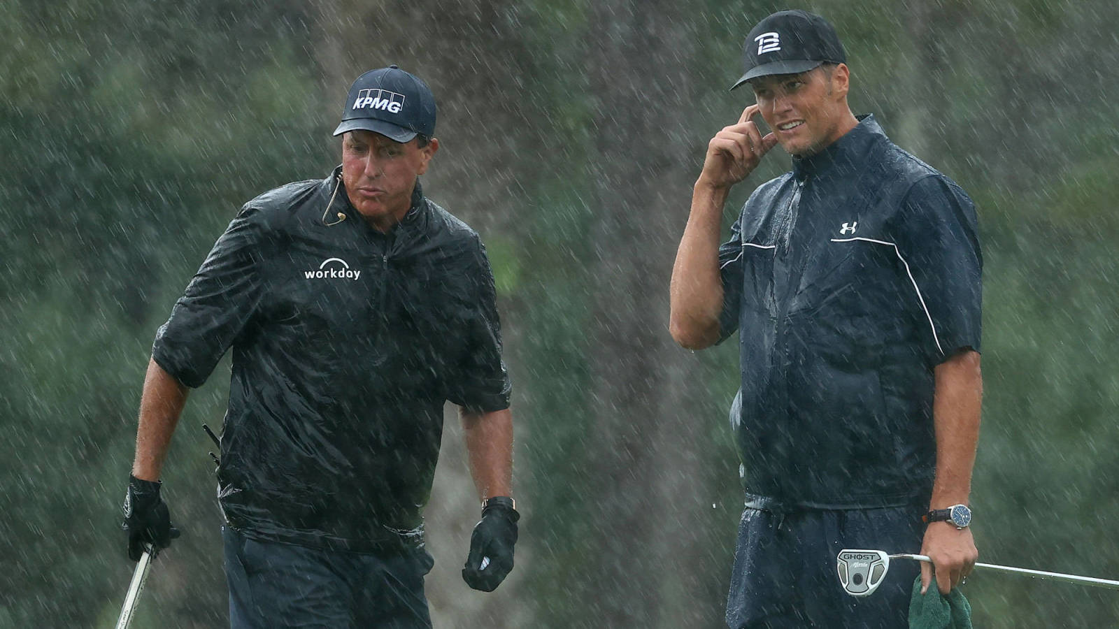 Tom Brady shares a hilarious message he got from Phil Mickelson